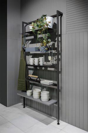 Estante decorativa para acessórios vários. | Decorative stand shelf for various accessories.